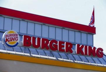 Cocinera de Burger King recibe 35 mil dólares tras ser despedida