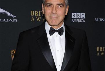 George Clooney niega que tenga esclavos mexicanos (video)