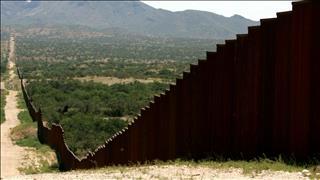 Decenas de cuerpos de inmigrantes en espera de ser identificados en Texas