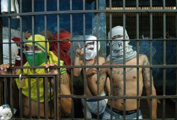 Trás las rejas más de 60 integrantes de la pandilla Latin King