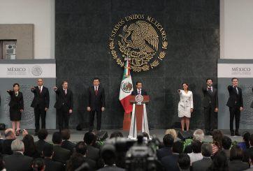 EPN realiza cambios en su gabinete;  critican que no corresponden a necesidades