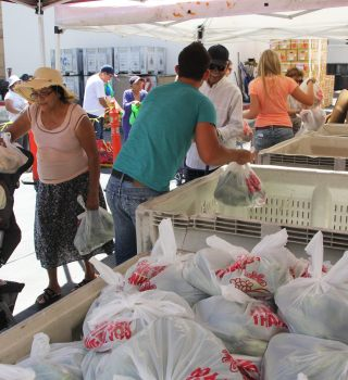 Banco de alimentos de El Paso busca voluntarios para entrega de comidas