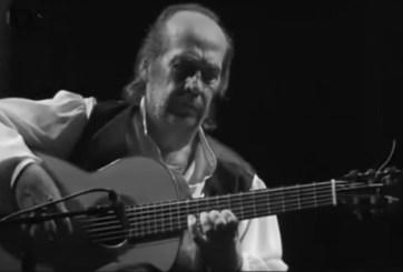 Nadie recoge Latin Grammy de tributo a Paco de Lucía