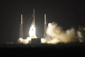 SpaceX logró aterrizar por primera vez un cohete espacial reutilizable en Florida