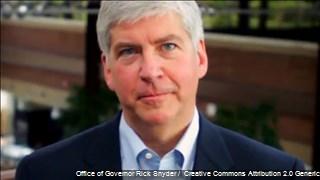 """""""Les fallé"""": Gobernador de Michigan sobre crisis de agua en Flint"""