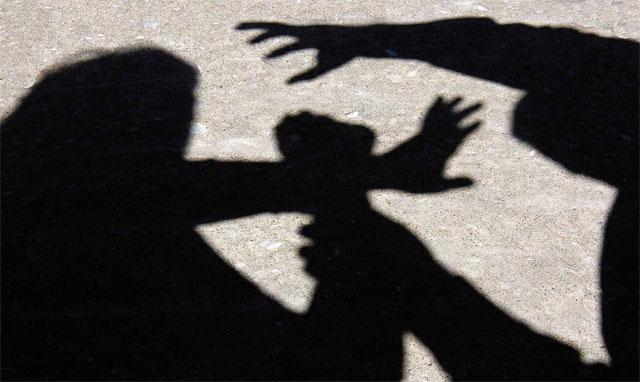 Pareja abusaba de hijos