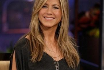 Jennifer Aniston le entra a la dieta del taco