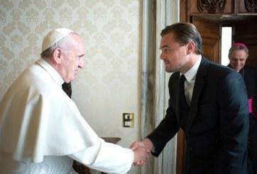 Leonardo DiCaprio recibe la bendición papal