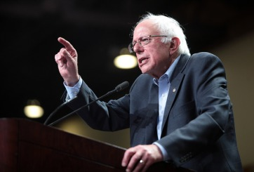 Bernie Sanders revela cifra preocupante para Hillary Clinton