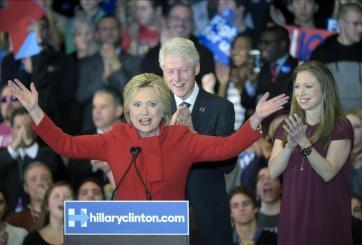 """Confirmado: Hillary Clinton ganó en los """"caucus"""" de Iowa"""
