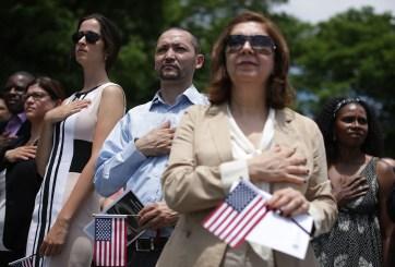 La avanzada del gobierno en contra de los ciudadanos naturalizados