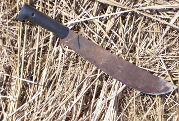 Ataque con machete deja un muerto y varios heridos