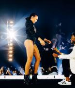 VIDEO: Una de las bailarinas de Beyoncé recibió una gran sorpresa en el escenario