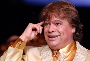 VIDEO: Presentador en Latin Grammys no sabía que Juan Gabriel murió