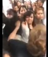 VIDEO: Nace #LadyConflictiva tras pelea en Metro de México