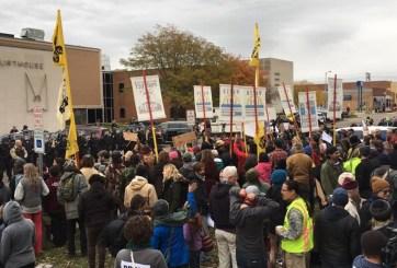 Ordenan desalojo de indígenas opositores al oleoducto Dakota Access