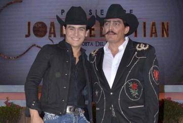 Julián Figueroa retante: «Seguiré usando trajes de mi papá»