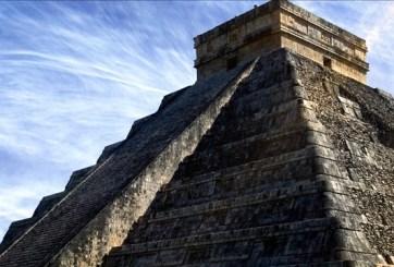 Descubren una pequeña pirámide escondida en Chichén Itzá