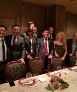 Shakira cambia los Latin Grammy por cena de negocios de Gerard Piqué