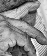 Abuela de 84 años resulta herida en una discusión familiar