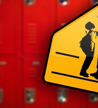 Su hijo fue asfixiado en la escuela por compañero y sufrió daño cerebral