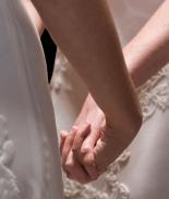Juez autoriza el matrimonio entre una mujer y su hijastra