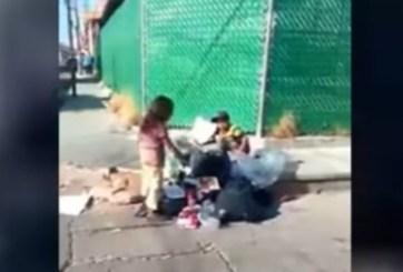 VIDEO: Hombre impide que niños coman de la basura