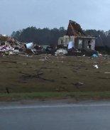 Mortales tornados dejan 15 muertos en Georgia y Mississippi