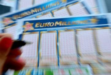 Planea demandar a la lotería por arruinar su vida al hacerla millonaria