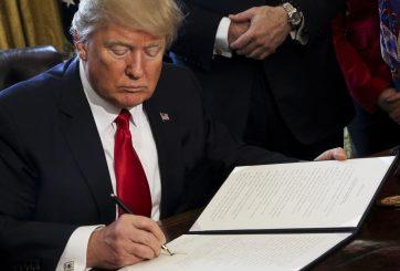 Trump empieza a eliminar las regulaciones a Wall Street