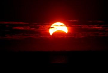 Rituales para combatir la negatividad con el paso del eclipse solar