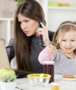 Los beneficios de contratar mujeres, más aún si son madres