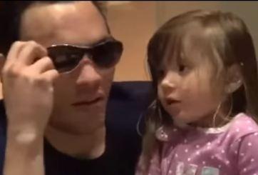 Chávez Jr dice que un lobo lo mordió pero su hija no le cree