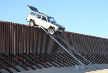 Con rampas sobre el muro cruzaron droga a Estados Unidos