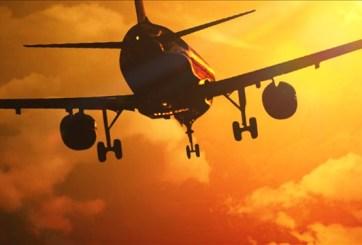 Aerolínea propone que sus pasajeros viajen parados