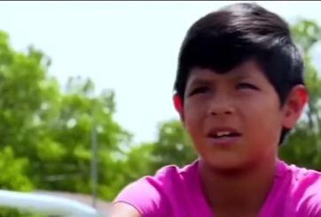 Liga de fútbol infantil discrimina a niña mexicana por tener pelo corto