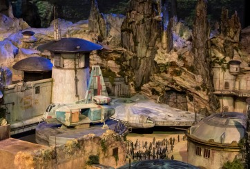 VIDEO: Así serán los mundos de Star Wars en los parques de Disney