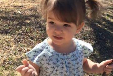 Revierten daño cerebral de niña que permaneció 15 minutos bajo el agua