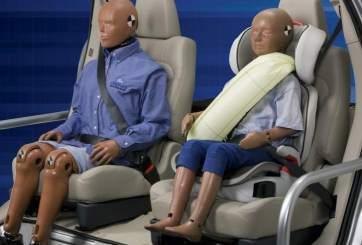 ¿Es seguro el asiento trasero en caso de accidente?