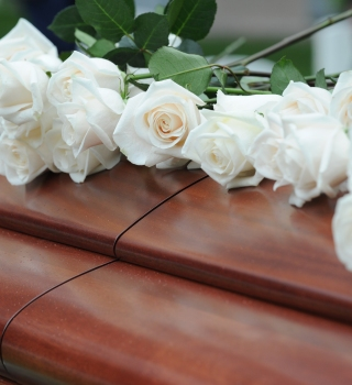 La declararon muerta y al quedarse sin oxígeno falleció días después