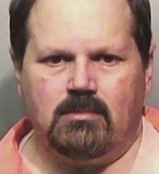 Pasará 25 años en prisión por manipular resultados de la lotería
