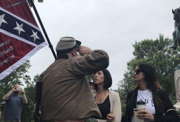 Tragedia en Charlottesville acelera derribo de monumentos confederados