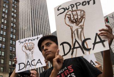 Crece condena a Trump por poner fin a DACA