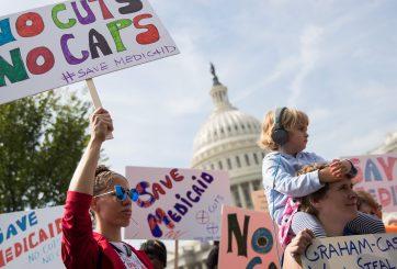 Senadores desisten de último intento para derogar Obamacare