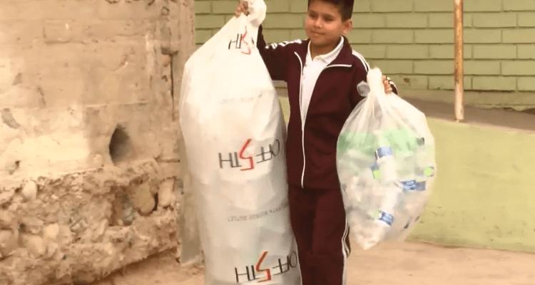 Reciclan a favor del ambiente y de su escuela