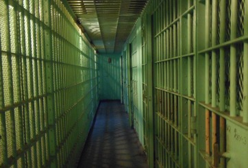 Violador se declara transgénero y ataca a mujeres en prisión