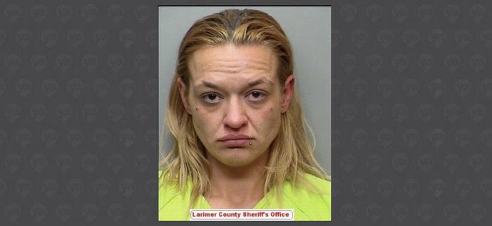 Mujer de Fort Collins enfrenta cargos por la muerte de su bebé