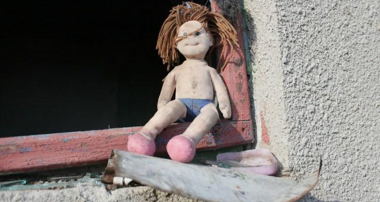 muñeca, maltrato,