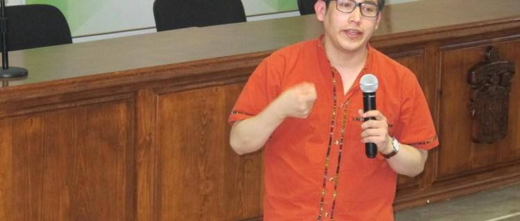Indígena mexicano que estudia en el MIT gana premio de la juventud
