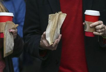 Starbucks obsequiará miles de tarjetas de regalo esta Navidad